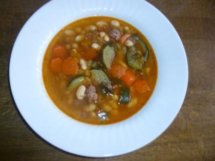 Gemüse-Bohnen-Eintopf mit Hackfleisch - Rezept