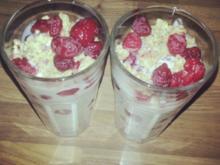 Joghurtcreme mit Himbeeren - Rezept