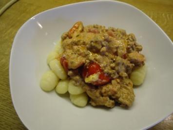 Gnocchi an Hack-Tomaten Sauce ala Toskana - Rezept
