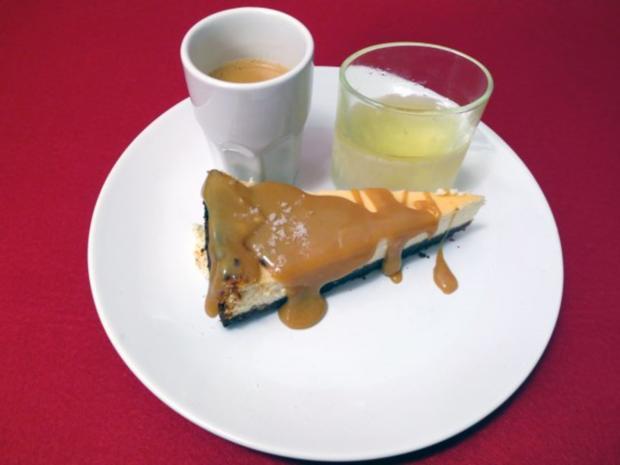 Cheesecake mit salziger Karamelkruste - Rezept