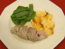 Schweinefilet mit Gorgonzolasoße, Kaiserschoten und Kartoffelgratin - Rezept