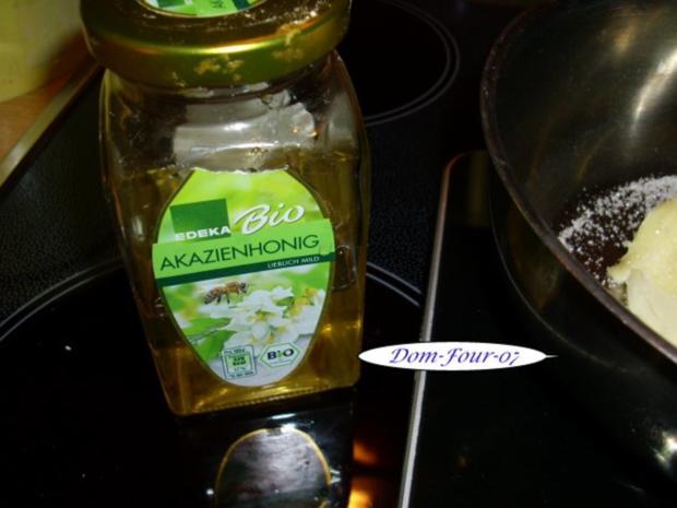Vanillesahne im Florentinertörtchen & Schoko-Orangen-Sahne mit Mangoscheiben als Törtchen - Rezept - Bild Nr. 2