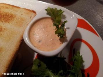 Sauce Americana (Red Pepper Yoghurt Sauce) - Rezept