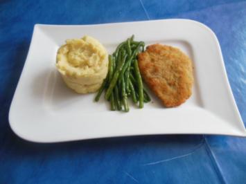 Kochen: Kleine Schnitzelchen vom Filet mit  Zwiebel-Knoblauch-Kartoffelstampf - Rezept