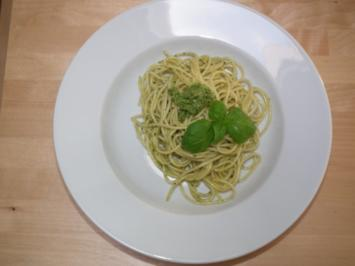 Spaghetti al Pesto - Rezept