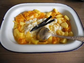 Dessert : Milchreis an heißen karamelisierten Apfel-Clementinen-Obst - Rezept