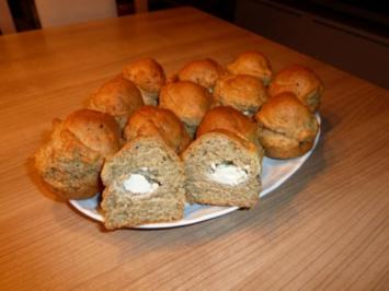 Kräuter-Muffins mit Frischkäsefüllung - Rezept