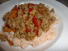Paprika-Möhrengemüse mit Gehacktes à la Heiko - Rezept