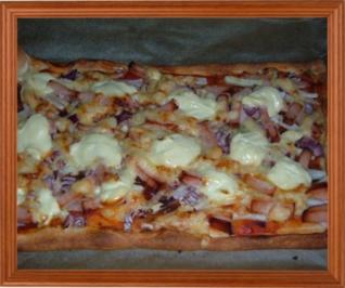 Pizza : Flammkuchen mal anders - Rezept