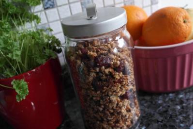 Granola - Knuspermüsli zum Frühstück oder Brunch - Rezept