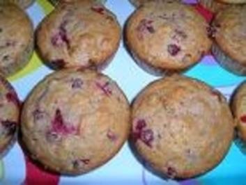 Johannisbeer-Cornflakes-Muffins - Rezept