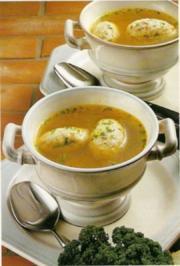 Suppeneinlagen: Gries-Speckknödel - Rezept