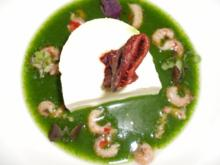 Kartoffelterrine in Kopfsalat-Jus mit marinierten Krabben - Rezept
