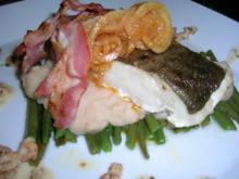 Skreifilet mit Vanille auf grünen und weißen Bohnen sowie an Krabbenragout - Rezept