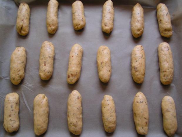 Mini Pizza-Brötchen mit Salami und Käse - Rezept - Bild Nr. 5