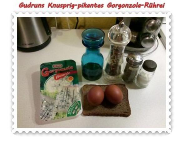 Eier: Knusprig-pikantes Gorgonzola-Rührei - Rezept - Bild Nr. 2