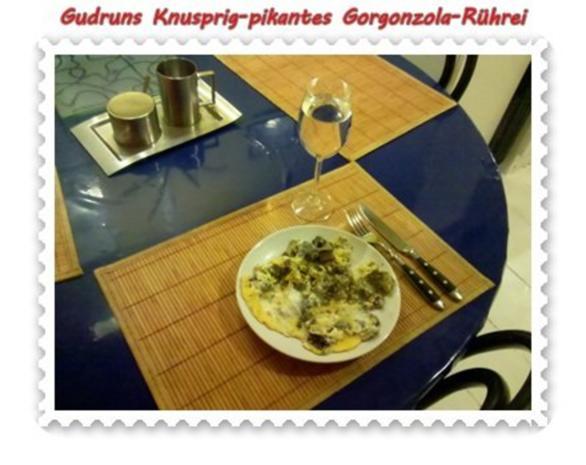 Eier: Knusprig-pikantes Gorgonzola-Rührei - Rezept - Bild Nr. 10