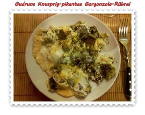 Eier: Knusprig-pikantes Gorgonzola-Rührei - Rezept - Bild Nr. 11