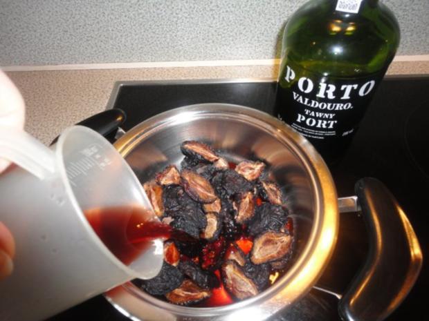 flambiertes Puten Filet mit Dörrpflaumen Sauce und Mandel Reis - Rezept - Bild Nr. 2