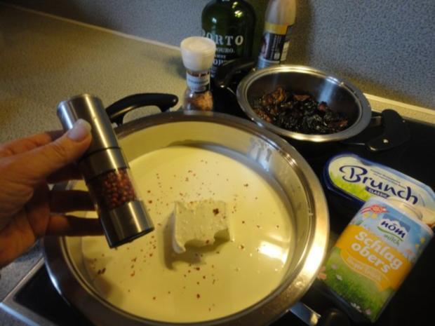 flambiertes Puten Filet mit Dörrpflaumen Sauce und Mandel Reis - Rezept - Bild Nr. 3