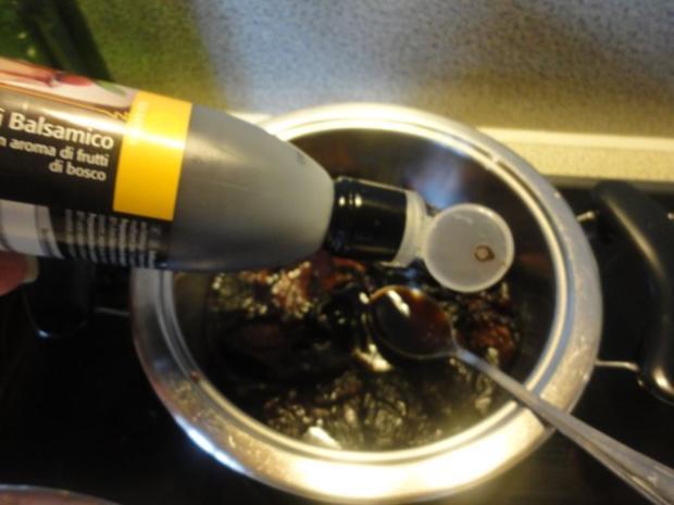 flambiertes Puten Filet mit Dörrpflaumen Sauce und Mandel Reis - Rezept - Bild Nr. 4