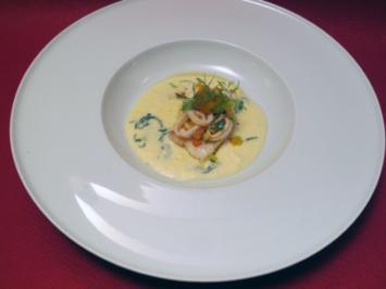 Gebratenes Steinbuttfilet mit Calamaretti und provenzalischem Gemüse auf Kartoffel-Limonen - Rezept