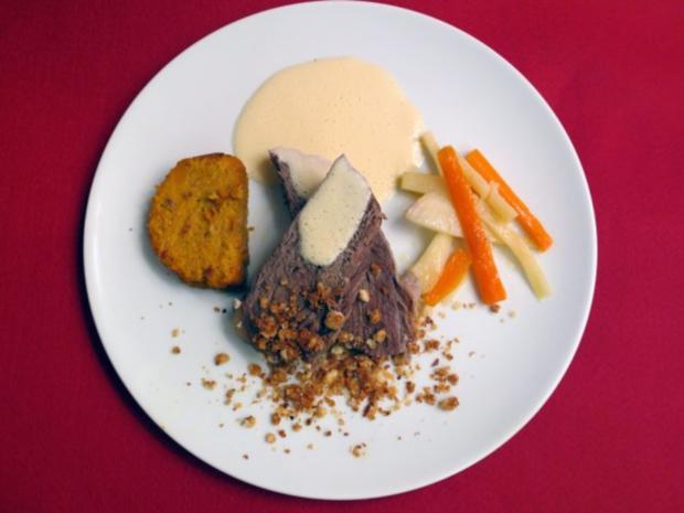Tafelspitz mit Meerrettichkrokant an Wurzelgemüse und einer Pastete von der Süßkartoffel - Rezept