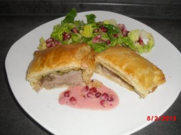 Schweinefilet-Taler mit Zucchini in Blätterteig-Tasche, - Rezept
