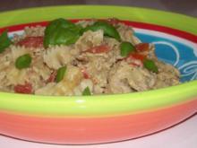 Pasta: Würziges Thunfisch-Feta-Pesto mit Balsamico-Champignons - Rezept