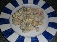 Kartoffelsalat mit Räucherlachs und Sour Cream - Rezept