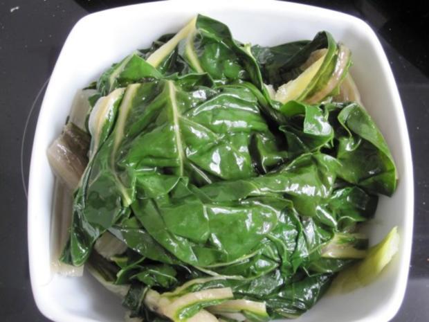 Mangold-Blätterteig-Strudel - Rezept - Bild Nr. 4