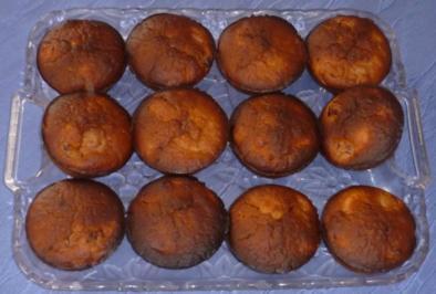 Kleingebäck - Bananen-Kirsch-Muffins - Rezept