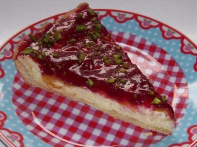 Torten/Kuchen: Pfirsich-Käse-Tarte mit Cassis-Guss - Rezept
