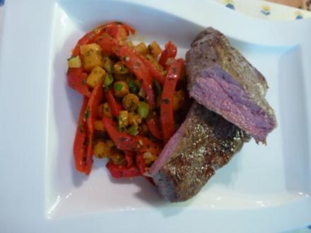 Verschärfte Gemüsepfanne mit NT-Steaks - Rezept