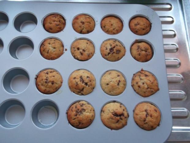Bananen-Schoko-Cupcakes mit Vanillecreme - Rezept - Bild Nr. 10