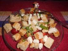 Brotsalat Toskana>> - Rezept