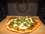 Pizza mit Rucola und Büffelmorzarella - Rezept