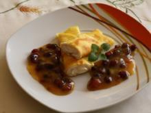 Gefüllte Pfannkuchen mit Cranberries-Kompott - Rezept