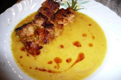 Suppe: Paprikasuppe mit Putenspießchen - Rezept