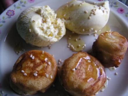 Gebratene Banane mit Vanilleeis und Honig - Rezept