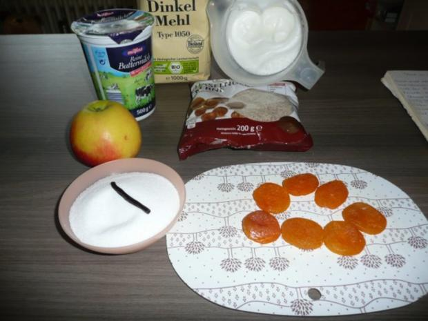 Waffeln am Samstag mit Apfel , Aprikose & Haselnuss ! - Rezept - Bild Nr. 2