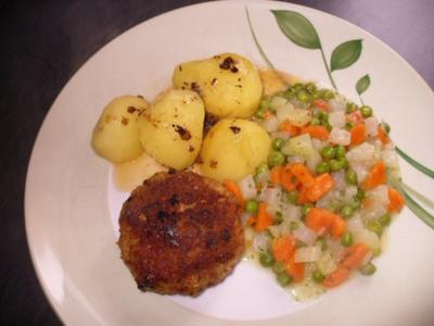 Beefsteak, Salzkartoffeln und Mischgemüse - Rezept