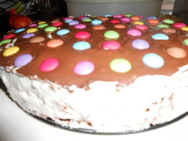 Stracciatella Torte mit Smarties - Rezept - Bild Nr. 4