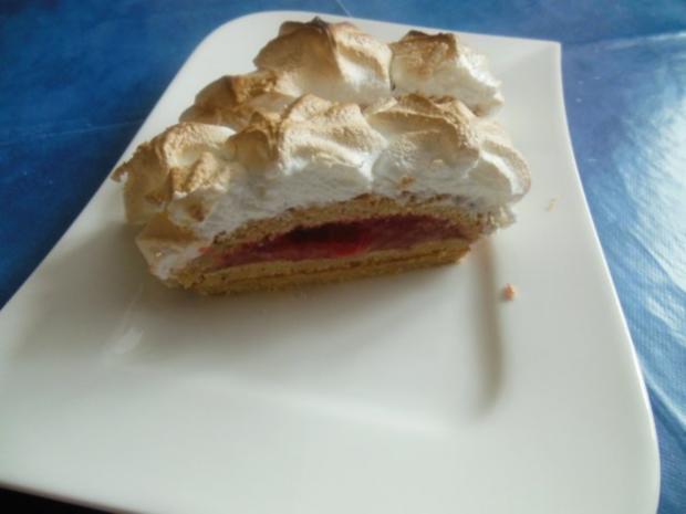 Erdbeer-Baiser-Schnitten - Rezept