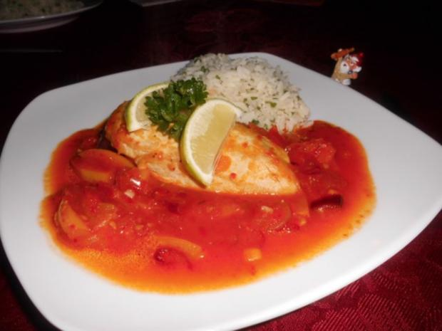 Hähnchenbrust auf Zwiebel-Paprika-Gemüse>> - Rezept