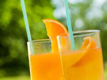 Aperol mit Orangensaft - Rezept - Bild Nr. 2