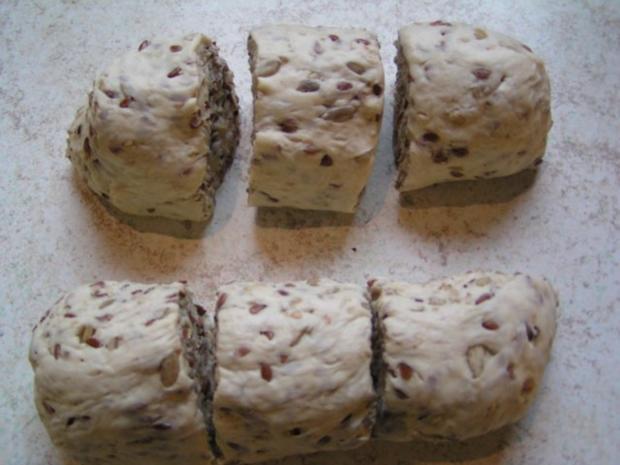 Joghurt- Brötchen aus der Muffinform 6 Stk - Rezept - Bild Nr. 3