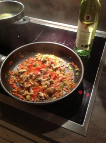 Pasta Tricolore mit Curry-Orangen-Weißwein Hühnchen - Rezept - Bild Nr. 7