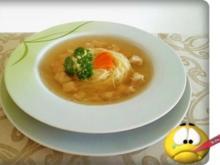 Anti - Grippe Hähnchen Suppe mit Nestnudeln - Rezept