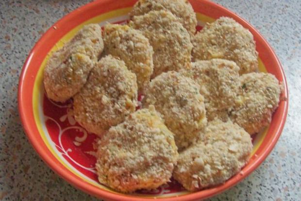 Beilagen/Hauptgericht: Kartoffel-Apfel-Plätzchen mit Aprikosen-Schmand-Dip - Rezept - Bild Nr. 5